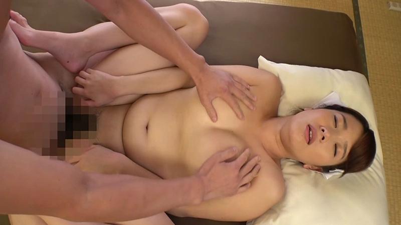 デカ乳家政婦さんのとってもエッチな泡洗体&ご奉仕SEX