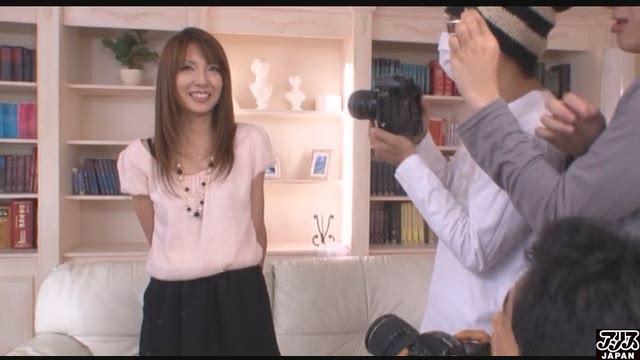 エロ動画、美人若妻撮影会 妃悠愛の表紙画像