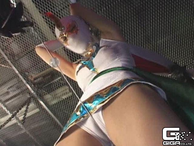 【エロ動画】覆面剣士 コンドルレディのエロ画像1枚目