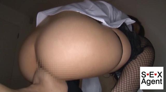 【エロ動画】新妻尻不倫「尻コキって、不倫だったんですね。」のエロ画像1枚目