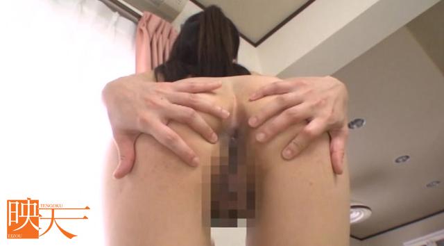 エロ動画、パイパン女子校生制服プレイ コスプレ激中出しの表紙画像