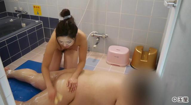 エロ動画、キモ男ヲタ復讐動画6-III唯 キモヲタに乳首舐め手コキ奉仕の表紙画像